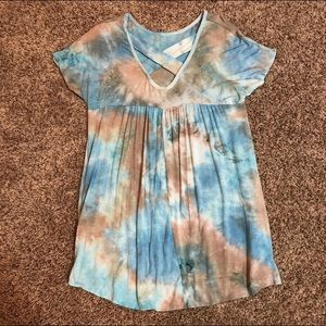 Tops - Cross back tie dyed top with pockets!